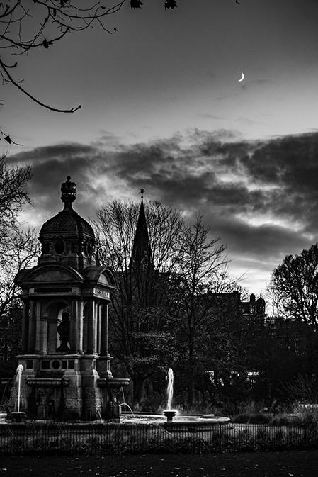 Sarphati, Oranje Kerk en de Maan
